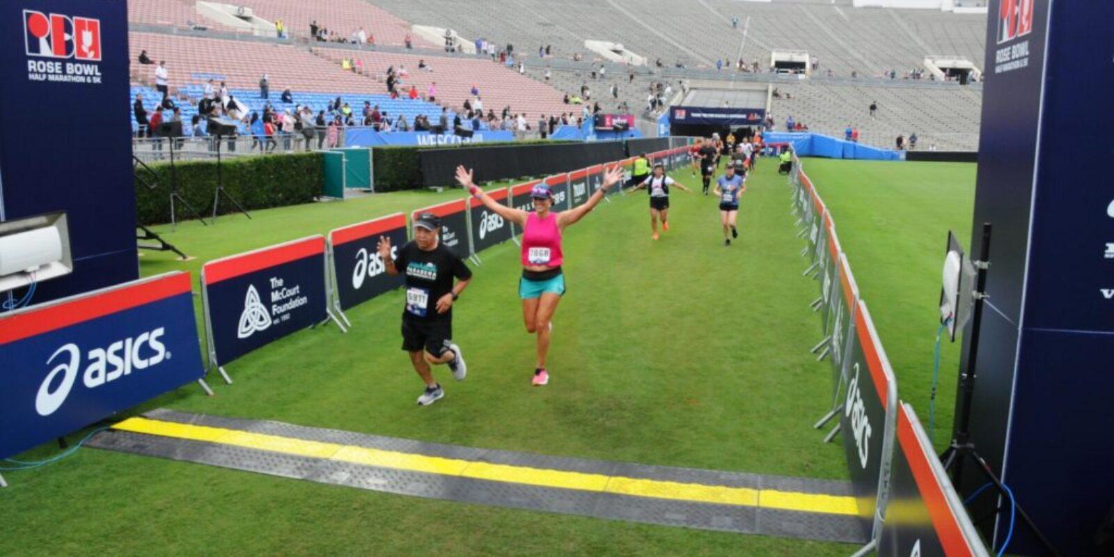 runnylegs-rose-bowl-half-marathon-finish-line